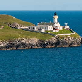 Lighthouse at the Shetland Islands. by Andrej Michelcich - Landscapes Waterscapes