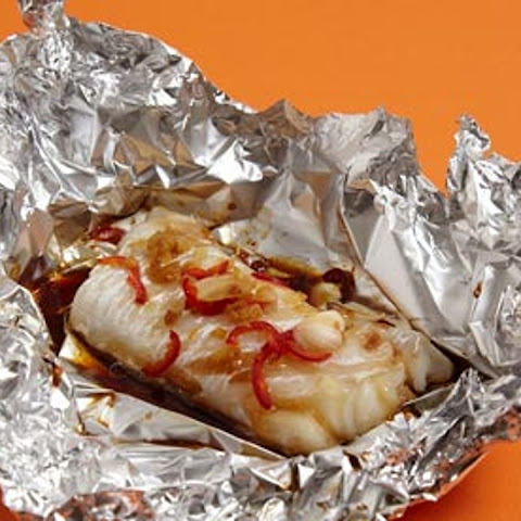 Foil-baked Fish With Garlic, Ginger And Chilli