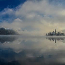 Zimsko jutro by Bojan Kolman - Landscapes Cloud Formations