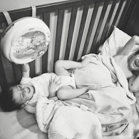 by Monica Franco-Pineda - Babies & Children Children Candids ( playing, big brother, children, siblings, bedtime )