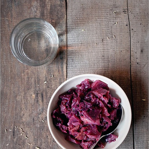 SWEET AND SOUR BRAISED CABBAGE