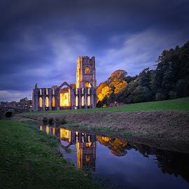 Fountains Abbey by Phil Robson - Buildings & Architecture Public & Historical ( yorkshire, national trust, architecture, ripon, fountains abbey )