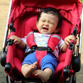 Tertawa nya bayi by Revan Prabudhi - Babies & Children Babies