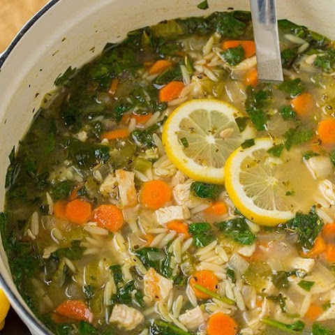 Spinach and Lemon Chicken Orzo Soup