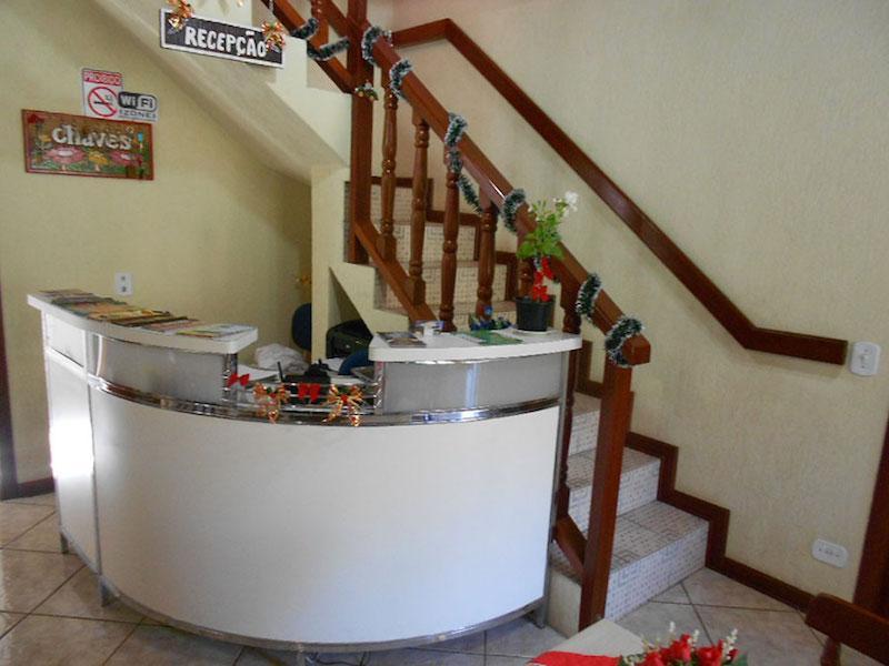 Pousada com 13 dormitórios à venda, 1200 m² por R$ 3.600.000,00 - Abernéssia - Campos do Jordão/SP