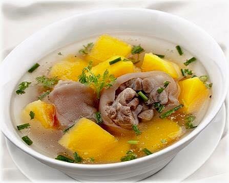 Nuoi-con-bang-sua-me-xua-va-nay-khac-biet-the-nao 1294337759