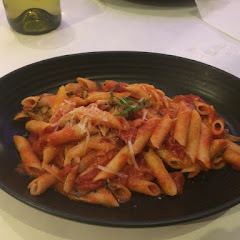 Gluten free penne with Tomato and basil sauce.