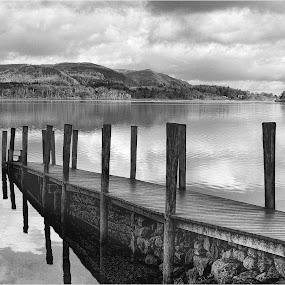 by Stephen Hooton - Black & White Landscapes ( lakes, places )