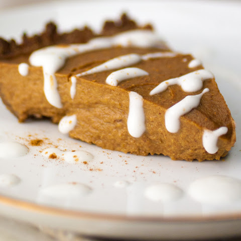 Simple and Healthy Pecan Pumpkin Pie [V, GF]