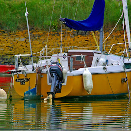 Yellow, but not a submarine by Ciprian Apetrei - Transportation Boats ( reflection, ocean, brittany, yellow, boat )