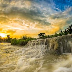 Parigi by Mc Pujiyanta - Landscapes Sunsets & Sunrises ( bekasi, parigi, waterscape, waterfall, landscape photography, landscapes, travel photography, photography, curug )