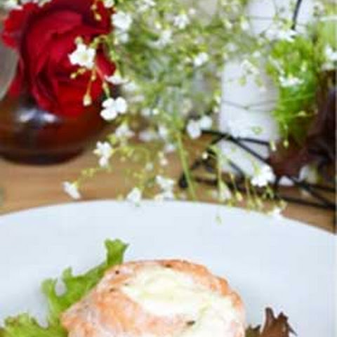 Baked Salmon Rolls with Cream Cheese