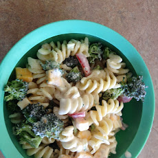 Summer Pasta Broccoli and Tomato Pasta Salad