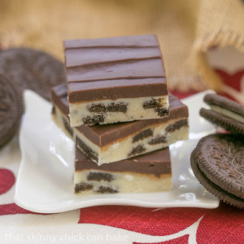 Double Decker Oreo Fudge #TwoSweetiePies