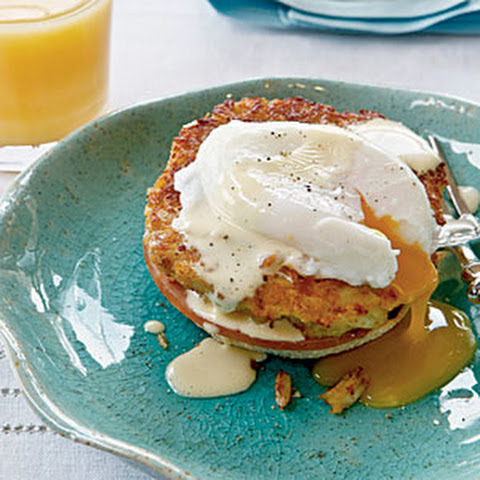 Horseradish Crab Cake Benedict with Simple Hollandaise