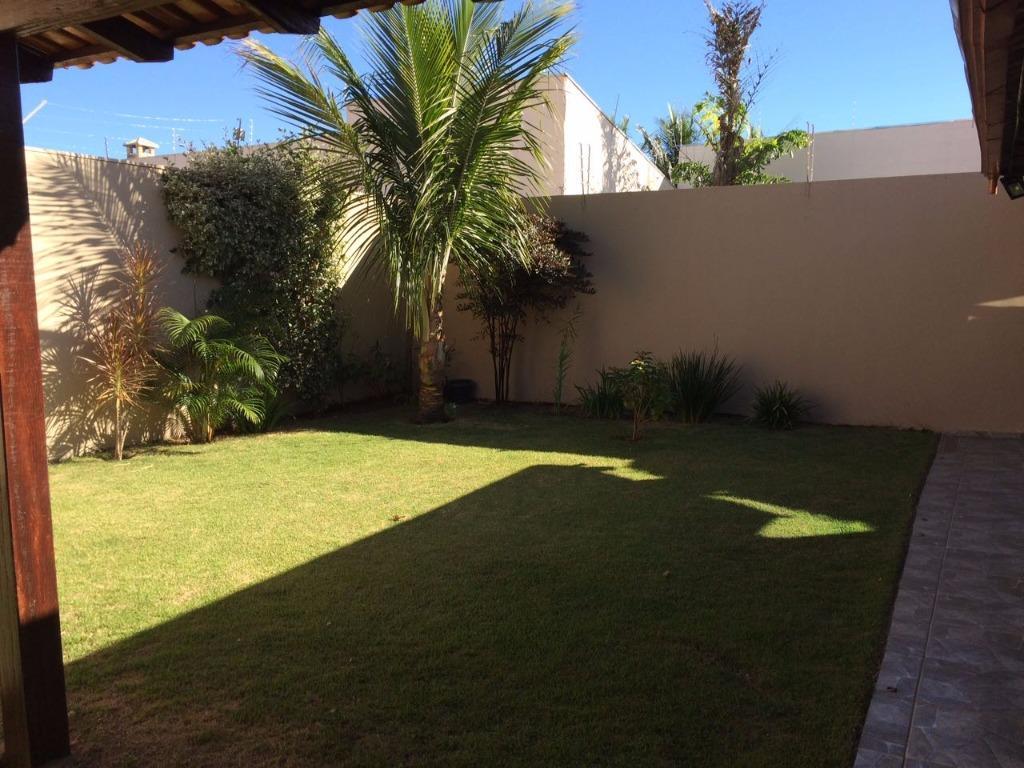 Casa residencial à venda, Santiago, Araguari.