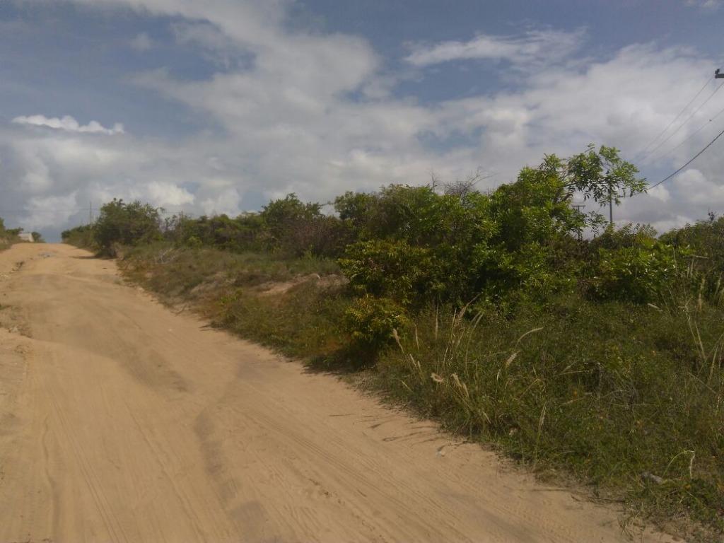 Esquina, perto da Praia de Carapibus, Conde.