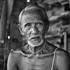 'Stunned'  by Nirupam Roy - People Portraits of Men ( old, looks, stunned, man, portrait, face, people, pwc faces )