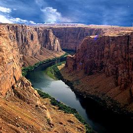 Colorado river by Gérard CHATENET - Landscapes Travel