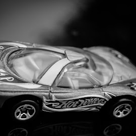 by Gary Wahle - Artistic Objects Toys ( die-cast, mattel, toy cars,  )