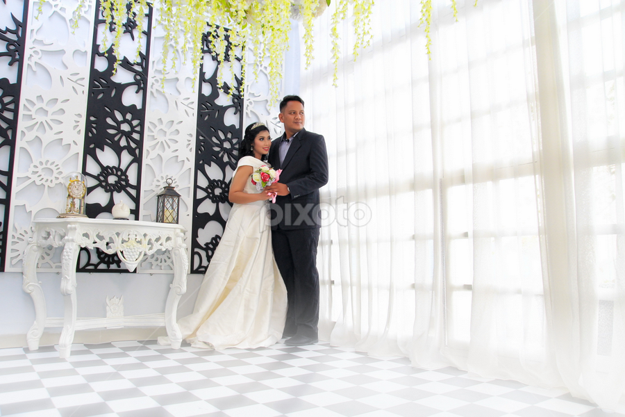 Resi by Joey Bangun - Wedding Bride ( prewedding, wedding, pre wedding, bride and groom, bride )