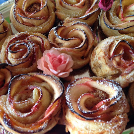 APPLE ROSES by Katie Mac - Food & Drink Cooking & Baking ( desserts, apricot preserves, apples, puff pastry desserts, pastry,  )