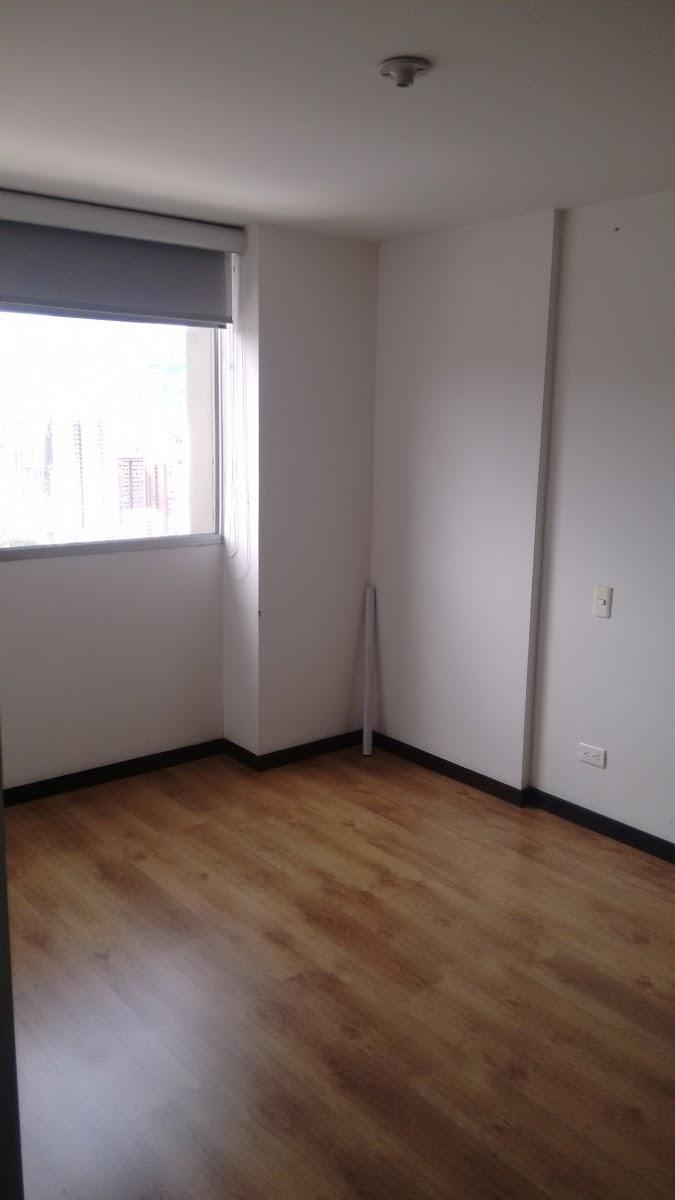 apartamento en arriendo prados de sabaneta 679-17878
