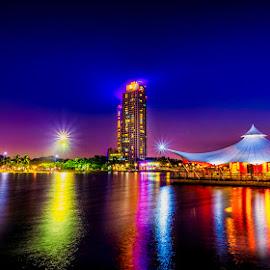 Ancol Beach by William Santoso - Buildings & Architecture Public & Historical ( le bridge, ancol, sunset, sea, jakarta, beach, landscape )