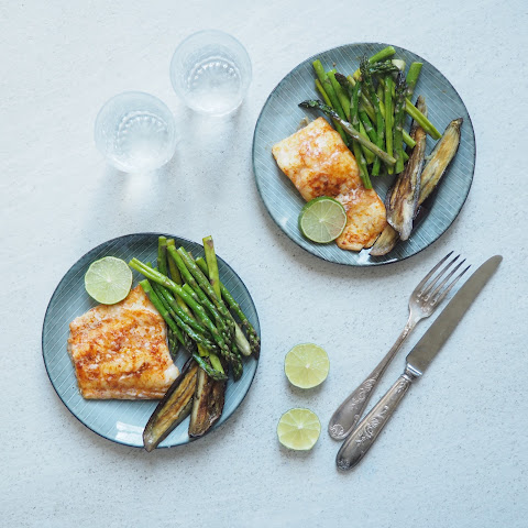Smoked Haddock with Asparagus and Aubergine chips