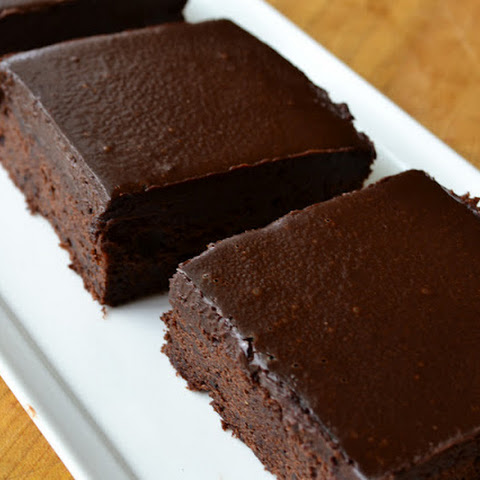 Cold Chocolate Snacking Cake