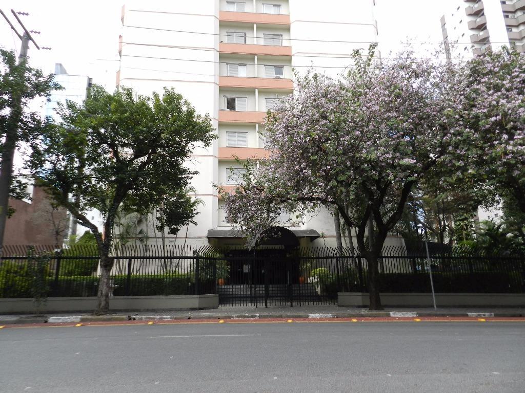 Apartamento Padrão à venda/aluguel, Moema, São Paulo