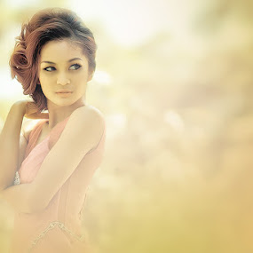 Nadya Wulan by Kelvin Austin - People Portraits of Women