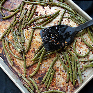 Spicy Roasted Green Beans