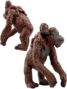 """Игрушка-фигурка серии """"Город Игр"""", самка орангутана L2, с детенышем"""