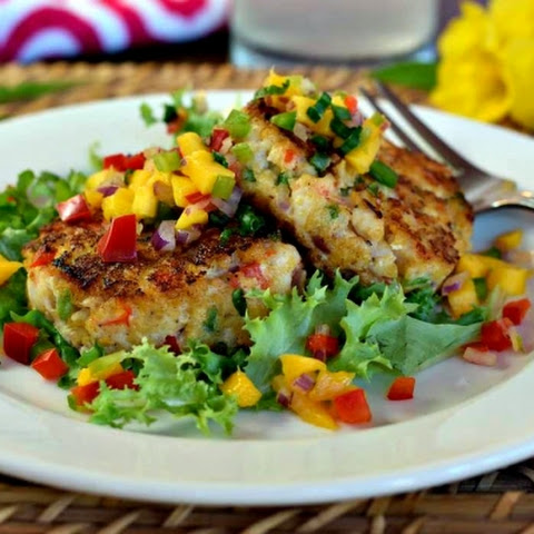 Spicy Shrimp Cakes with Cool Mango Salsa