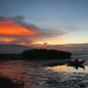 sunset at Probolinggo by Reinhard Latzke - Landscapes Weather ( indonesia, east java, probolinggo )