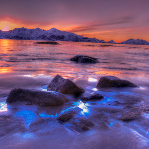 Stener i solnedgang kopi.jpg