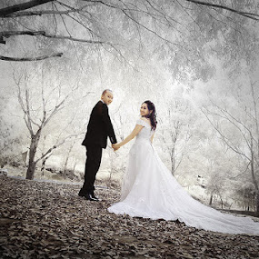 by Randy Rakhmadany - Wedding Bride & Groom