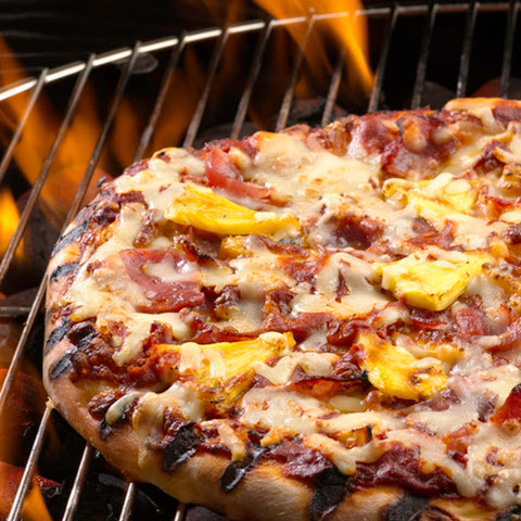 Grilled Pizza with Ham and Pineapple
