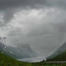 by Sverre Sebjørnsen - Landscapes Weather