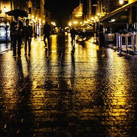 by Zbigniew Cołbecki - City,  Street & Park  Street Scenes