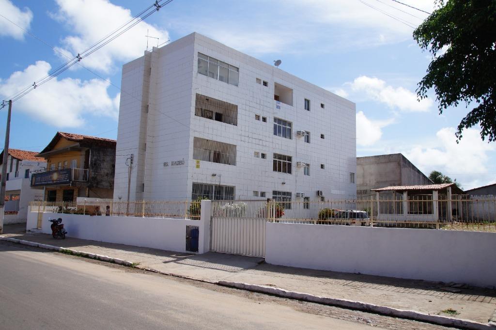 Apartamento 2 quartos centro de Jacumã.
