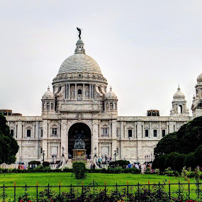 victoria memorial by Jayanti Chowdhury - Buildings & Architecture Public & Historical ( canon, building, hdr, kolkata, historical, architecture )