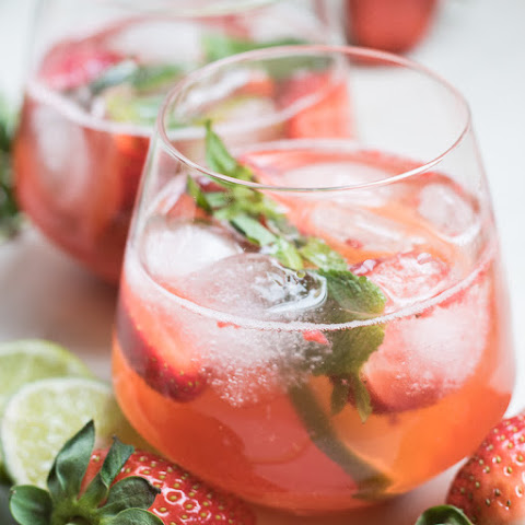 Strawberry Moijto Infused Water