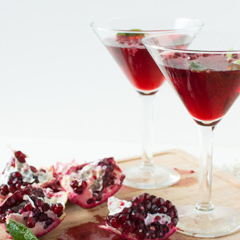 Pomegranate Mint Cocktails