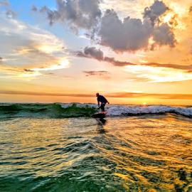 Sunset wave Ryder of the gulf by Jeffrey Lee - Landscapes Sunsets & Sunrises ( sunset wave ryder of the gulf )