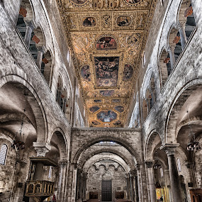 Cattedrale Bari by Antonello Madau - Buildings & Architecture Places of Worship