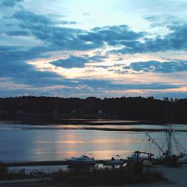 Morning on the Kennebec River by John Pobursky - Landscapes Sunsets & Sunrises ( sunrises, maine, bath, waterways, kennebec_river )