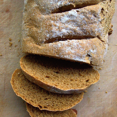 Homemade Molasses Rye Bread