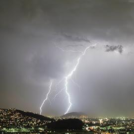 Tormenta electrica by Heriberto Balbuena - Landscapes Weather ( lightning, raining, thunderstorm, storm, nightscape )